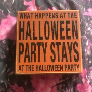 Sparkly Halloween sign